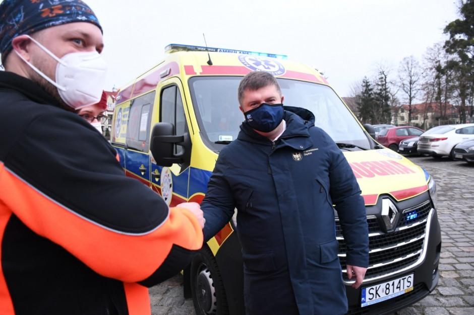 Śląskie: nowoczesne karetki dla zespołów ratownictwa medycznego w kilku miastach