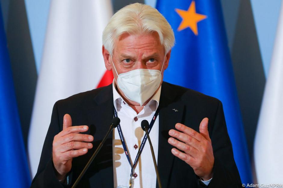 Prof. Andrzej Horban zapowiada otwarcie gospodarki na połowę maja