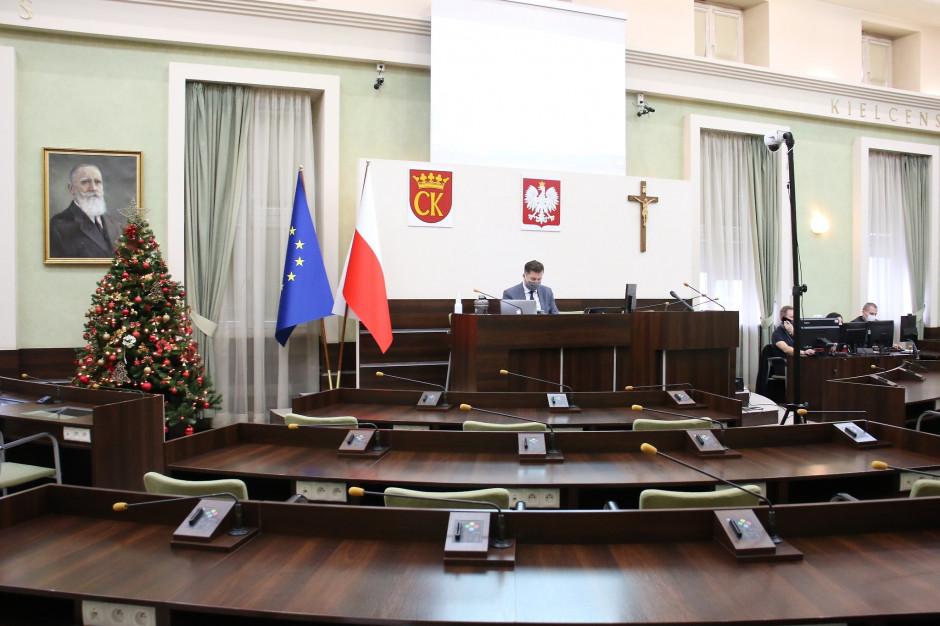 """Budżet Kielce na 2021 rok """"nakierowany na przetrwanie"""""""