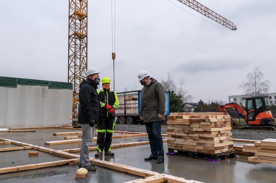 Warszawa buduje pierwszy modułowy żłobek na Ursusie. OZE zapewnią w nim prąd i ciepłą wodę