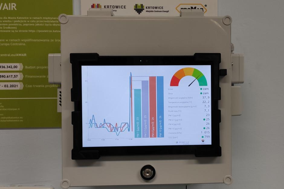 Katowice: W miejskich budynkach zamontowano czujniki jakości powietrza