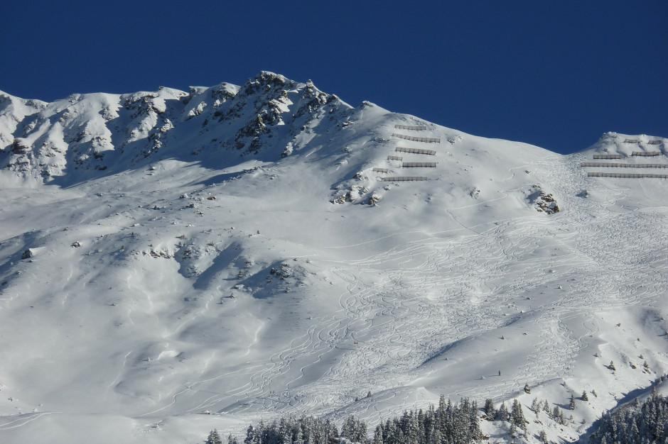 Bieszczady: Pierwszy stopień zagrożenia lawinowego w górach