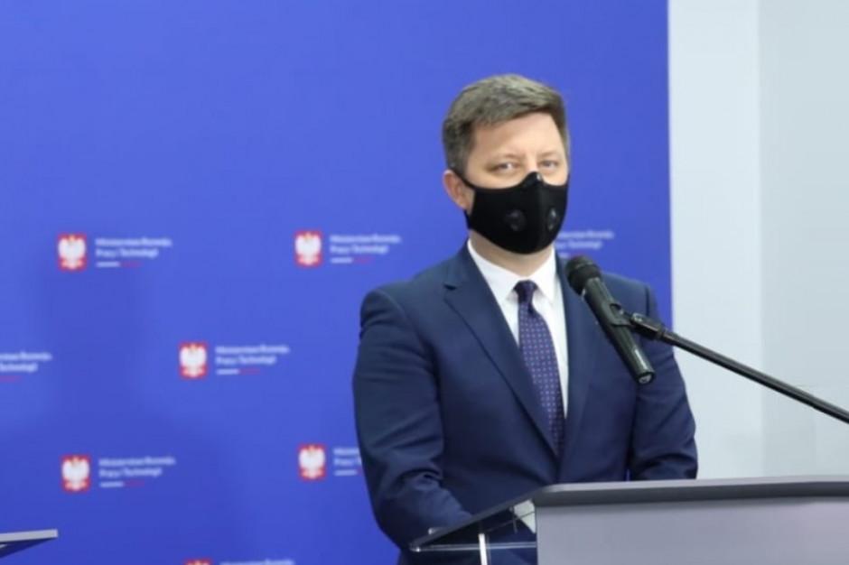 Dworczyk: Będzie spotkanie z prezesem ZNP, ale kolejność szczepień się nie zmieni
