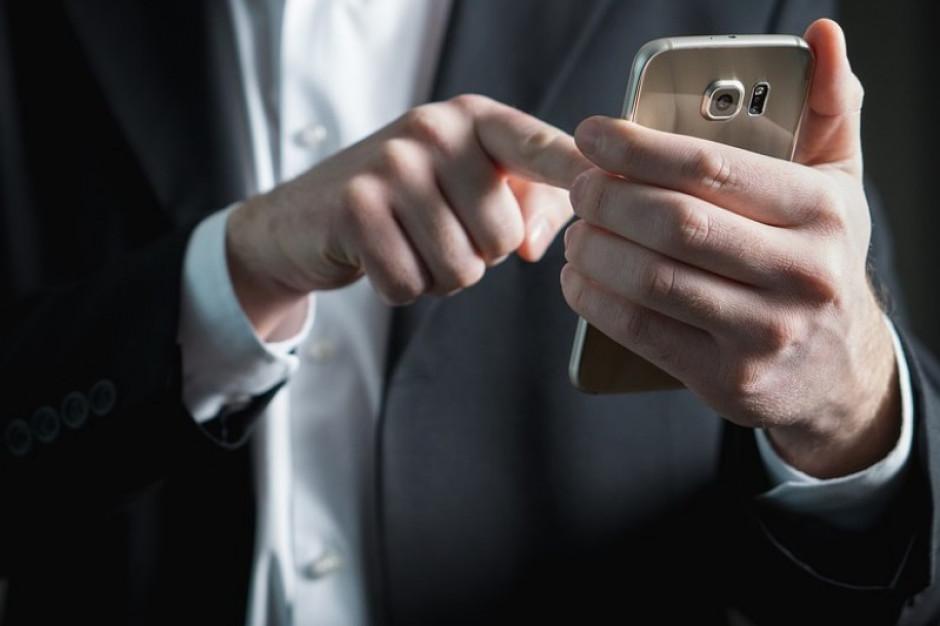 Burmistrz Murowanej Gośliny zwrócił blisko 7,7 tys. zł za SMS-y wysłane na plebiscyt prasowy