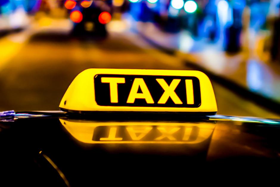 Sprawdzili taksówkarzy w Warszawie. Dużo nieprawidłowości