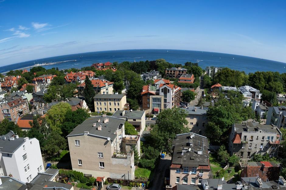 Bogate miasta i obwarzanki w Polsce mocno rozwarstwione