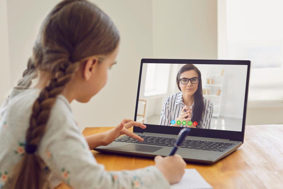 Nadmierny kontakt dzieci z elektroniką ma związek z problemami emocjonalnymi