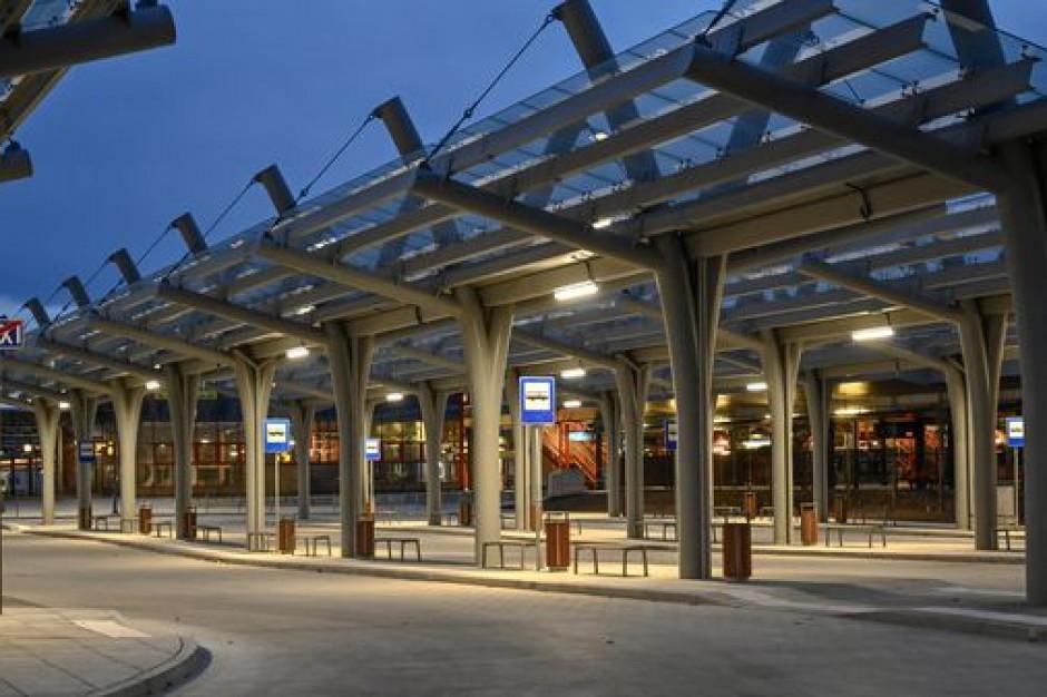 Częstochowa oddała do użytku trzy centra przesiadkowe przy dworcach kolejowych