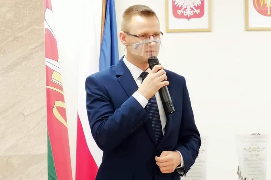 Wójt gminy Rzekuń usłyszał zarzuty za przyjęcie łapówki