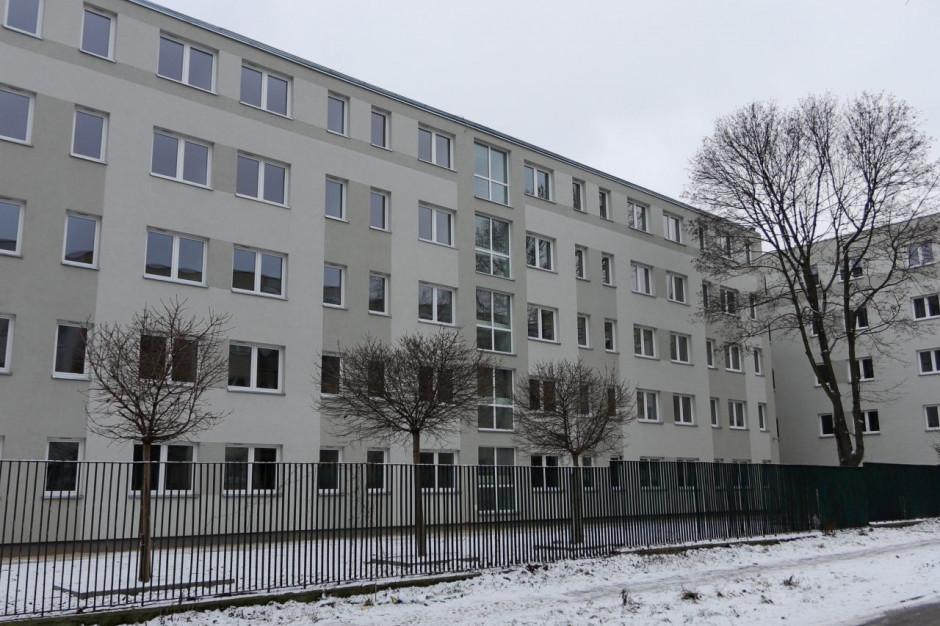 Łódź: Dawny biurowiec ZUS przekształcony w blok komunalny