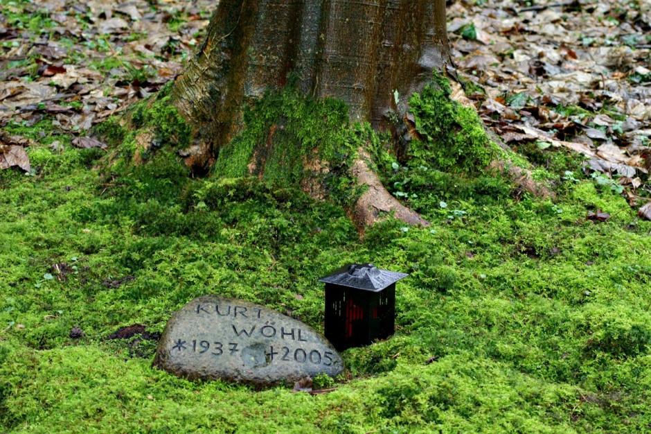 Biourny i rozsypywanie prochów. Czas na zmianę ustawy o cmentarzach