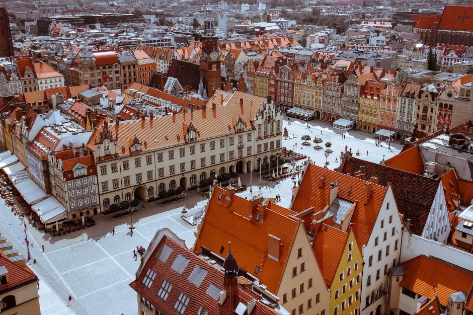 Wrocław: 113 nieruchomości podłączono do sieci w ramach programu antysmogowego