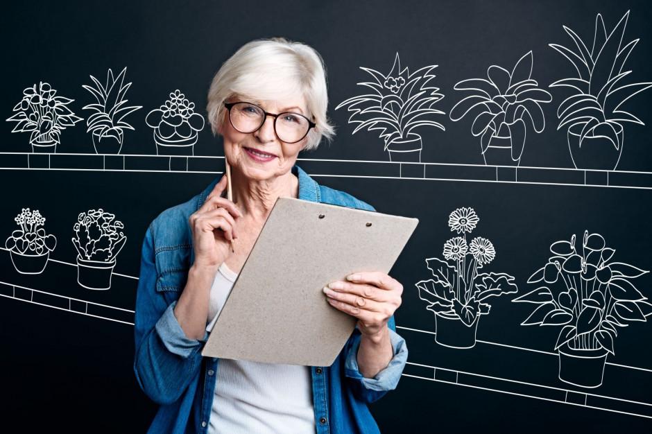 Nauczyciele powyżej 60 lat będą szczepieni razem z młodszymi