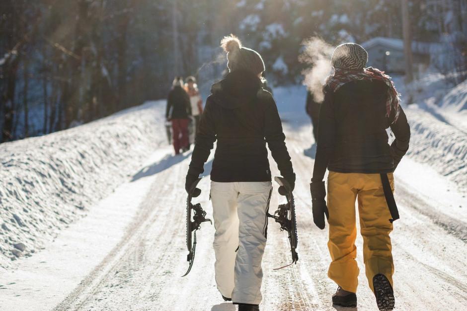 Liczba turystów w grudniu 2020 r. spadła o ponad 80 proc.