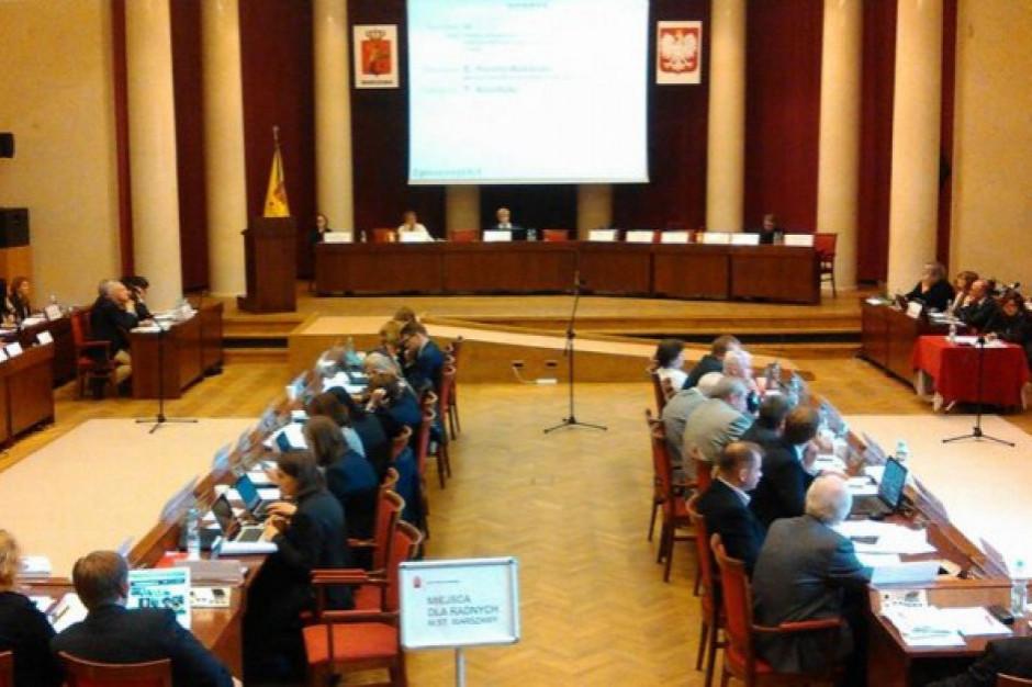 Stołeczni radni przeciw wprowadzeniu mechanizmu odbierania honorowego obywatelstwa