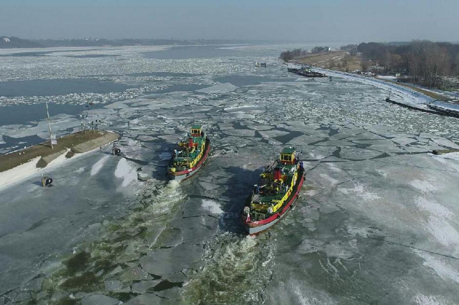 10 lodołamaczy na wiślanym Zbiorniku Włocławskim
