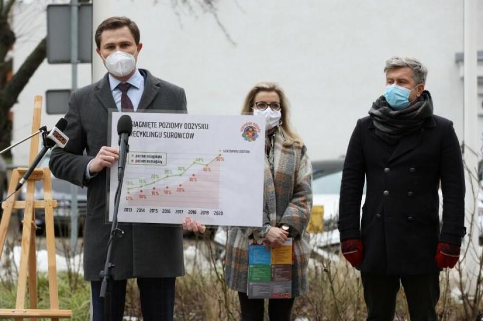 """W Gdańsku. """"Doceniam zmiany ministra Ozdoby w gospodarce odpadami"""""""