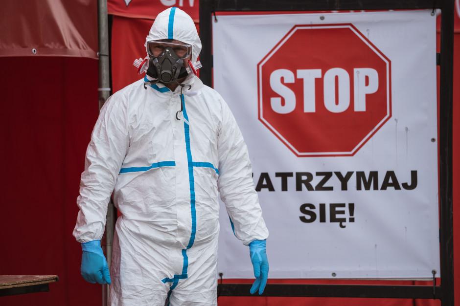 Szczyt trzeciej fali epidemii około 20-25 marca