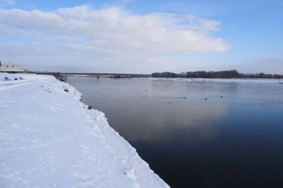 Przekroczone stany ostrzegawcze na rzekach w świętokrzyskim