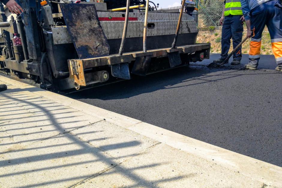 Dziury w drogach, odszkodowania. Kosztowny problemem miast