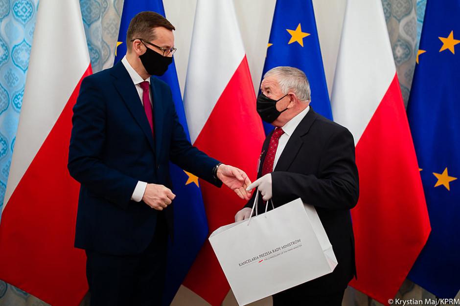 Premier: Polska demokracja zaczyna się od wspólnoty sołeckiej