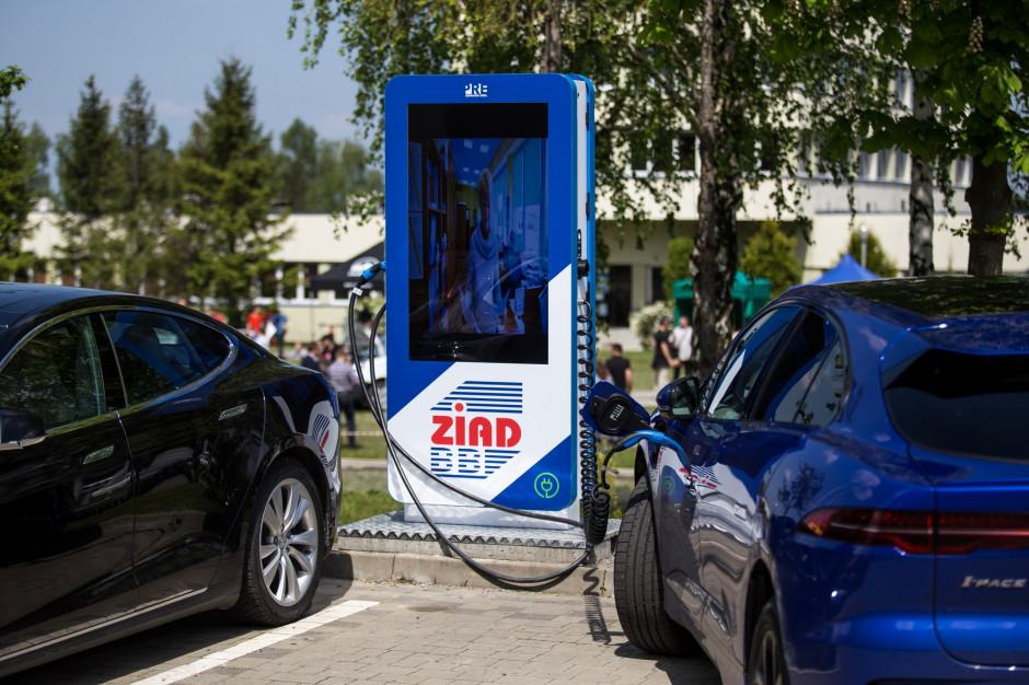 """W dwa lata otworzą 41 stacji ładowania """"elektryków"""""""