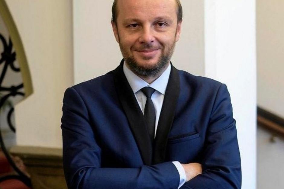 """Kandydat na prezydenta Rzeszowa. """"To wybór między samorządowcem a politykiem"""""""