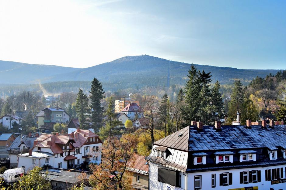 Jelenia Góra, Karpacz, Szklarska Poręba. Samorządowcy zaniepokojeni planami marszałka