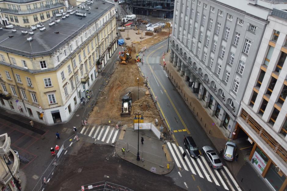 Wielkie jajo ozdobą modernizowanego placu pięciu rogów w Warszawie?