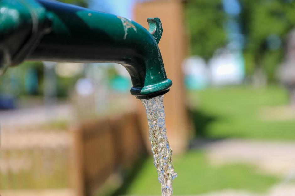 Zbadali próbki wody. Znaleźli arsen, ołów i PFAS