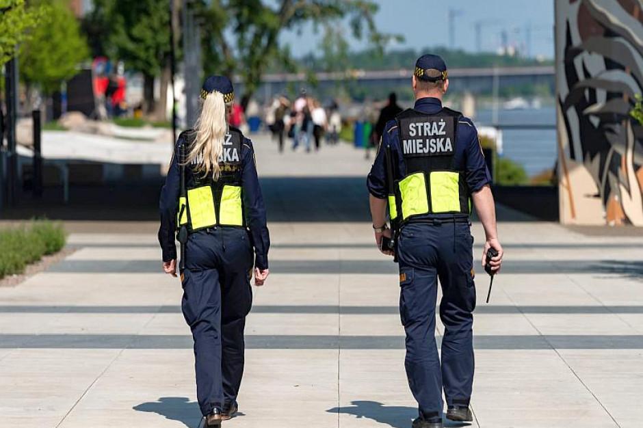 Nad Wisłę wróciły patrole straży miejskiej i policji