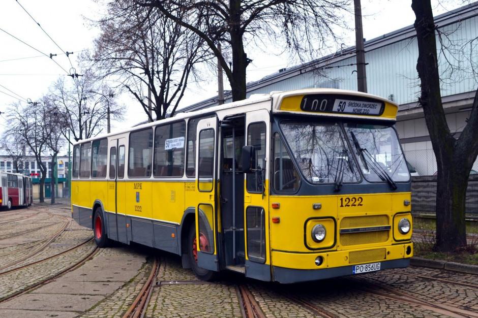 Poznań: Po remoncie historyczny autobus DAF MB200 powróci m.in. na linie turystyczne