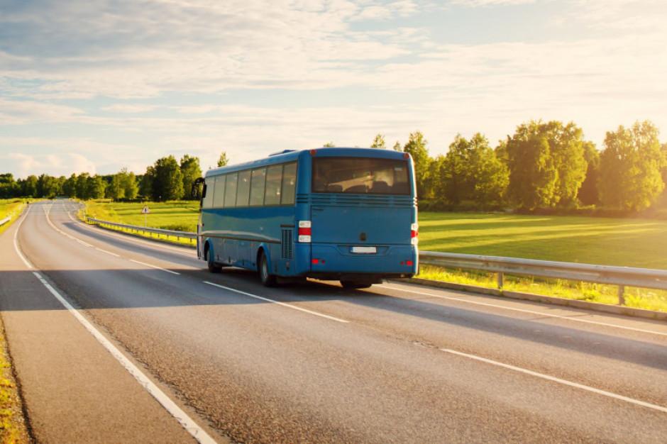 Transport autokarowy pominięty w KPO. Najbardziej odczują to powiaty