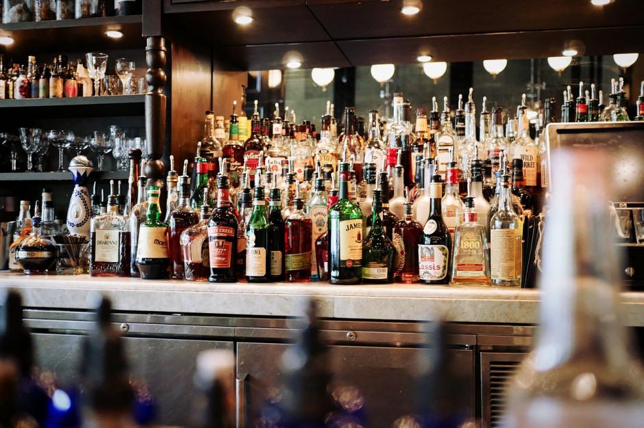 Gminy zbyt łaskawe dla handlu alkoholem. Możliwe ustawowe ograniczenia