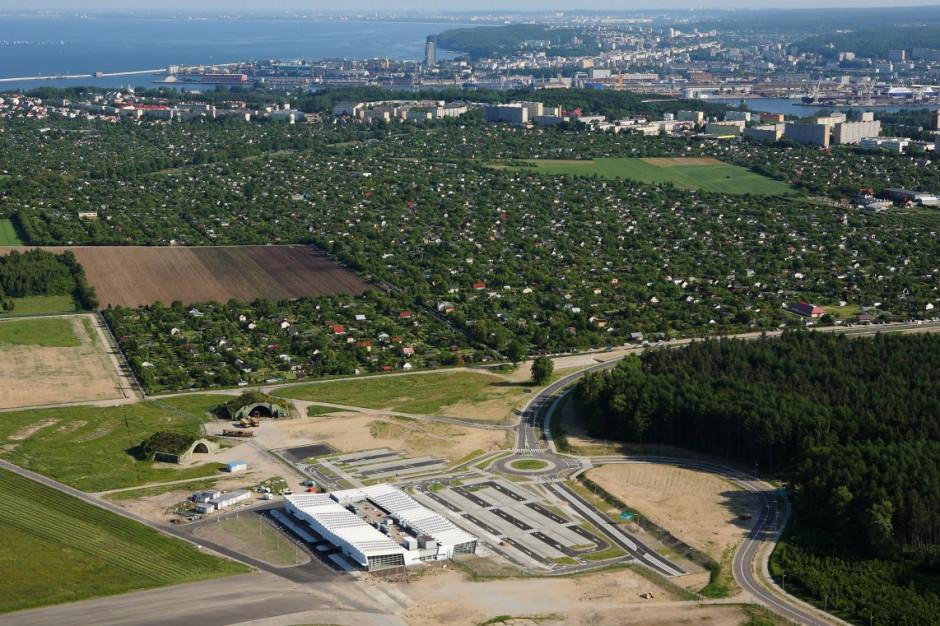 Gmina Kosakowo kupi lotnisko od syndyka