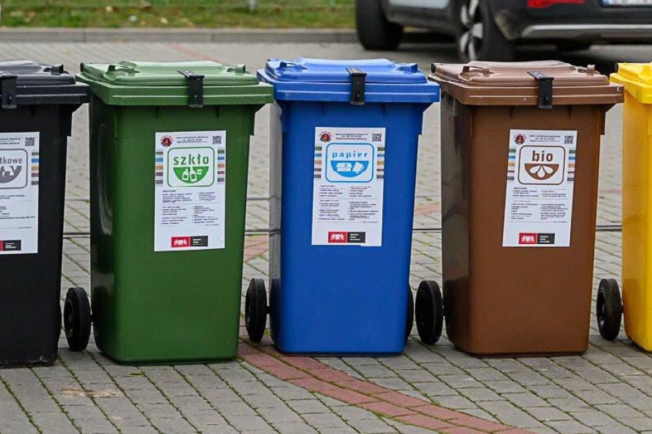 Samorządy są zaskoczone zapowiedzią ograniczenia stawek opłat za odpady