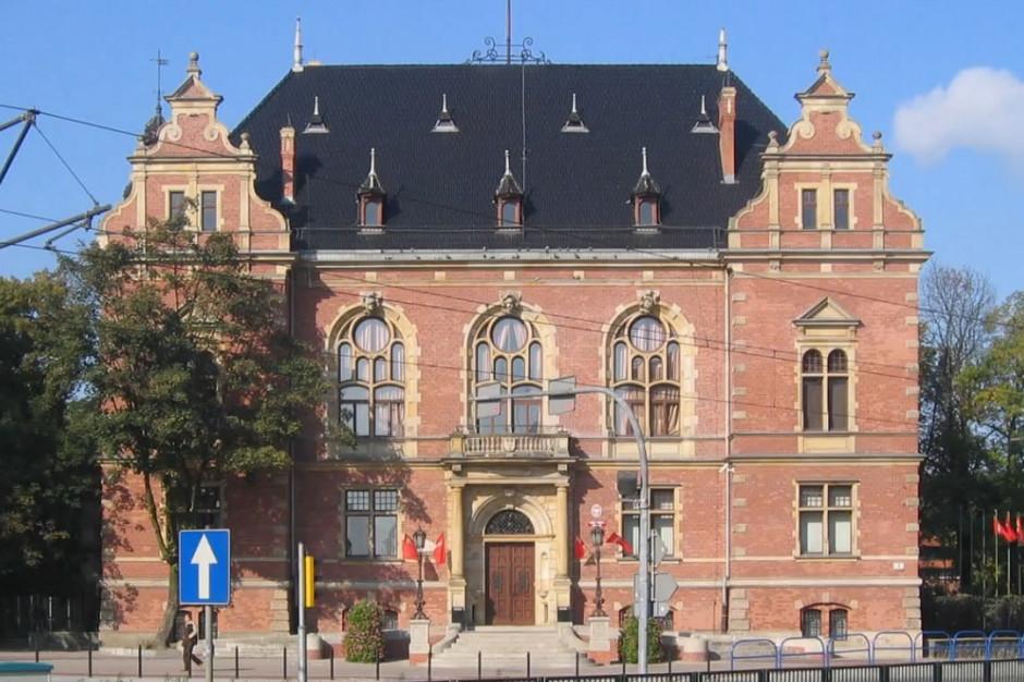 Radni: Władze Gdańska zapominają o praworządności