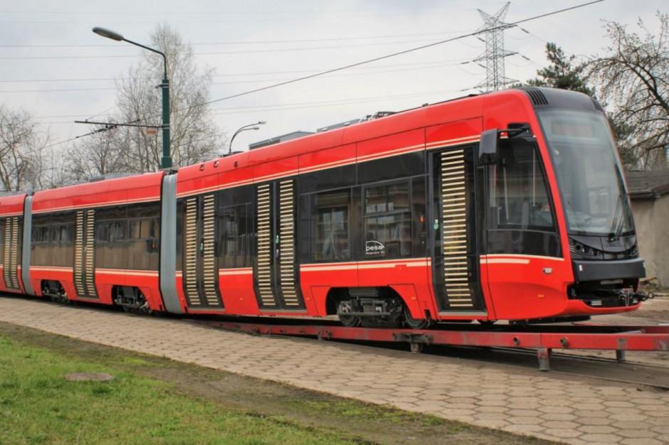 Tramwaje Śląskie otrzymały ostatni nowy wagon zamówiony w Pesie