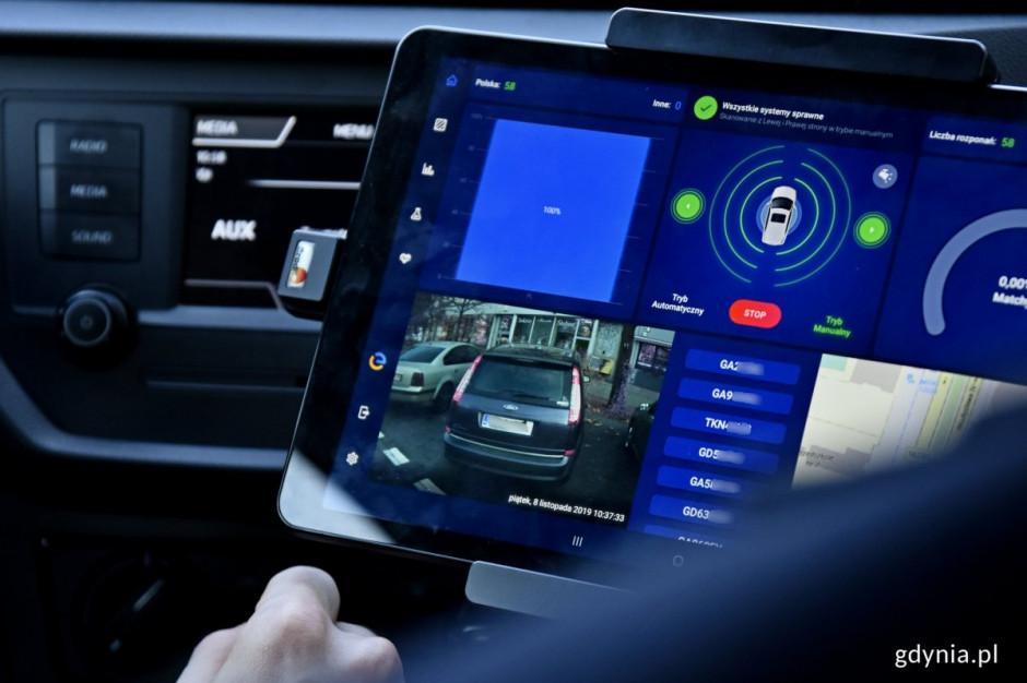 Bat na kierowców. Gdynia zakupi e-pojazdy i system do mobilnej kontroli