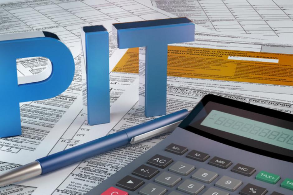 30 kwietnia mija termin na rozliczenie PIT-a za 2020 r. Uruchomiono specjalną infolinię