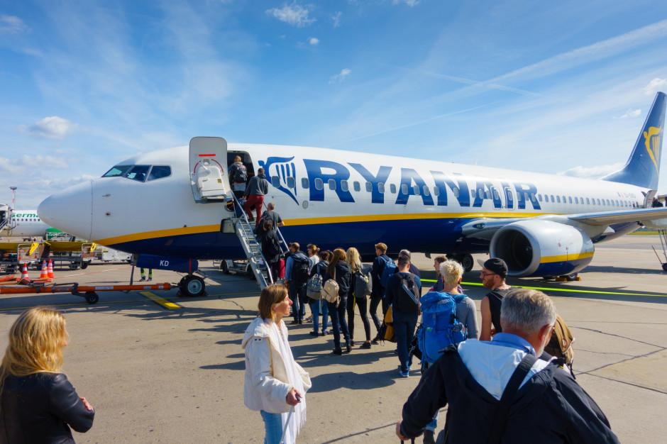 Ryanair: 17 letnich tras z lotniska Katowice