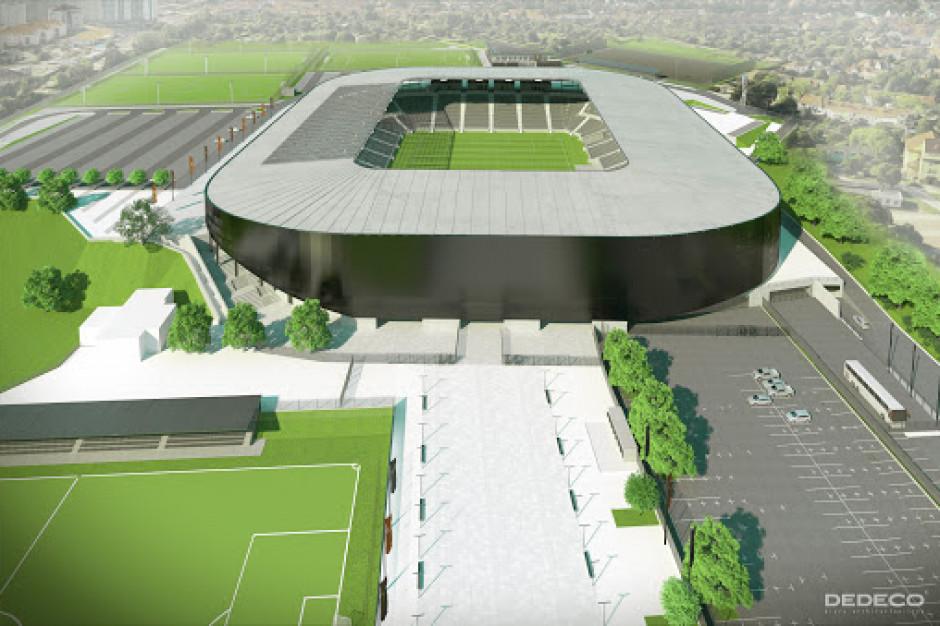 Miasta budują stadiony: jedni za 300, inni za 20 milionów