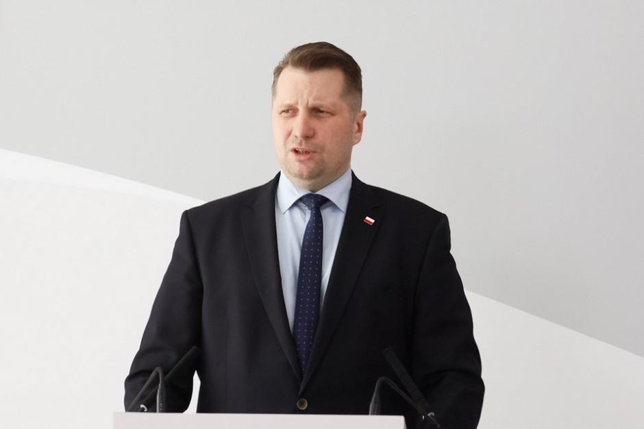 Minister Czarnek życzy maturzystom powodzenia na egzaminach