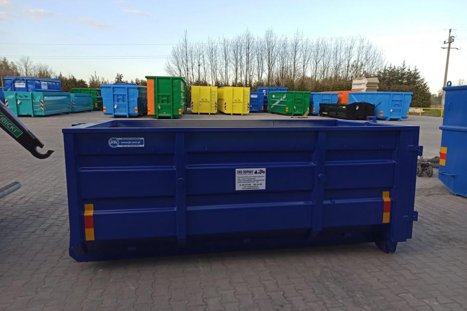 Posłowie i radni spierają się, czy gmina może dopłacać do odpadów