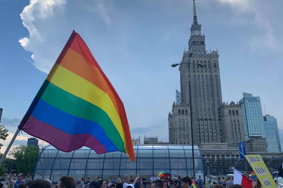 Do Warszawy wraca hostel dla osób LGBT+