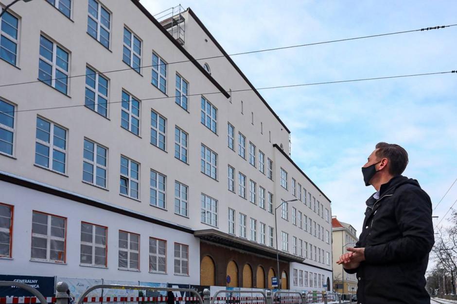 Marszałkowie i ich urzędy na Facebooku. Jest wiele do poprawy