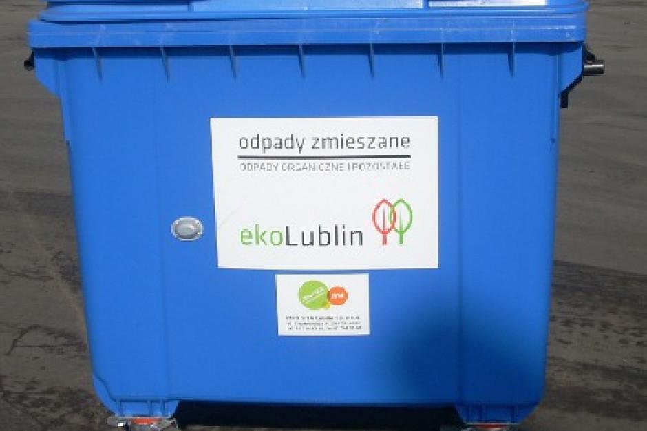 Jak liczyć opłatę za odpady: od faktycznej czy zdeklarowanej liczby mieszkańców?
