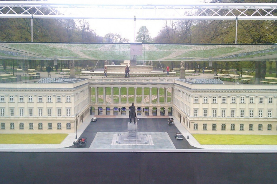 Gliński: dzięki Polskiemu Ładowi długo oczekiwana odbudowa Pałacu Saskiego stanie się faktem