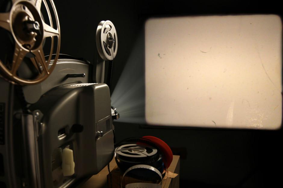 Łódź: Co w kinie terkocze - wystawa zabytkowych projektorów filmowych