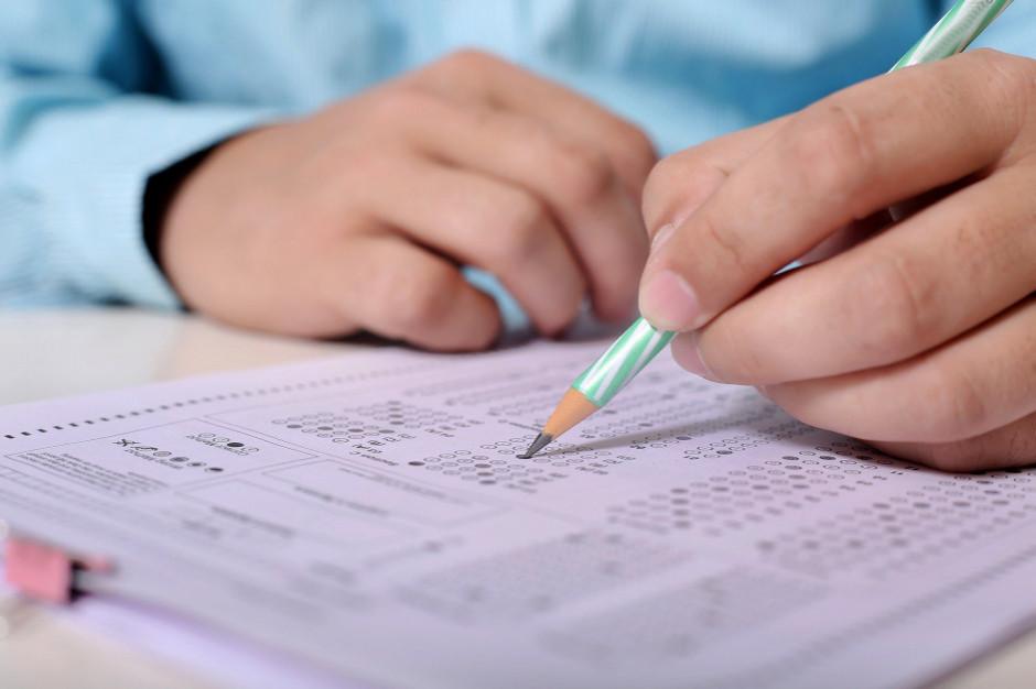 Dziś rozpoczyna się trzydniowy egzamin ósmoklasisty